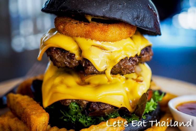 Chris Steaks & Burgers