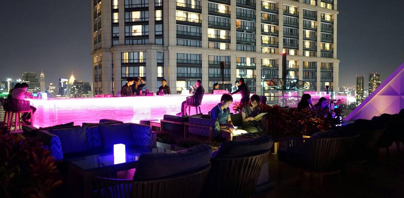 Vanilla Sky Rooftop Bar