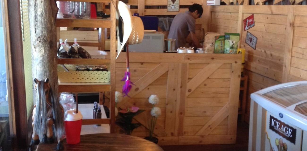 Cafe De Maris
