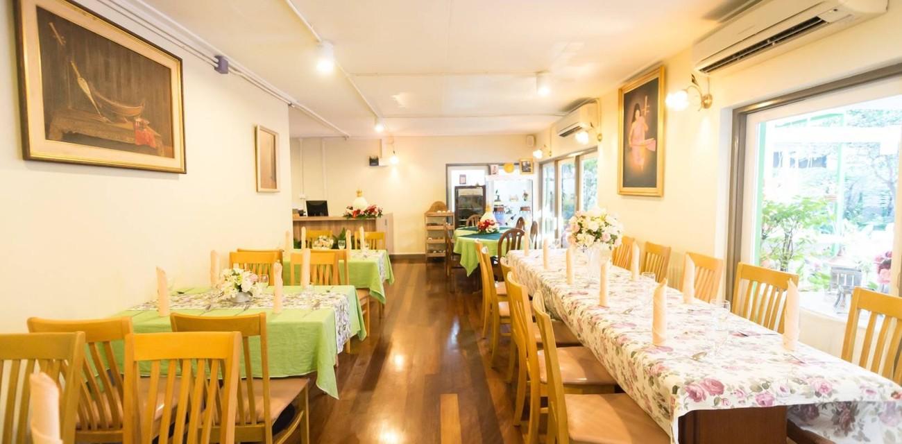 ร้านอาหารตำรับไทย ซอสามสาย สุขุมวิท ซอย 61