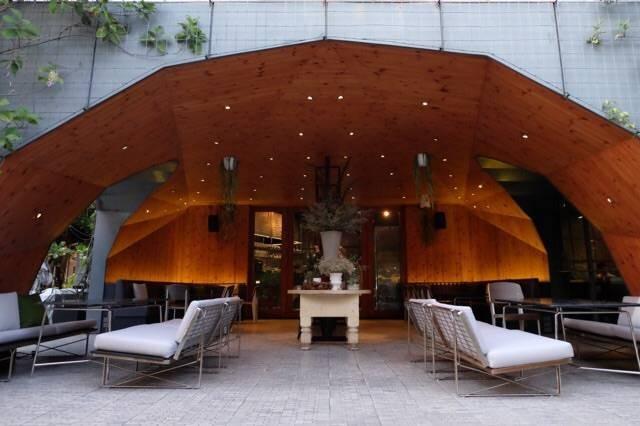Greyhound café คริสตัลพาร์ค
