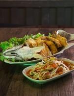 สำหรับลูกค้าดีแทค ส่วนลด10%เมื่อสั่งเมนูปลากะพงทอดเจ้าคุณ รับสิทธิ์กด*145*1293#กดโทรออก