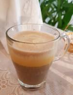 กาแฟไข่เวียดนาม   >>ท้าให้ลอง!!!<<                เพียงแค่มาทานอาหารที่ร้านครบ 400 บาท  รับไปเลย 1 แก้วฟรีๆ    อร่อยหวานมันแบบฉบับเวียดนาม  ที่นี่!!! ยุ้งสยาม ไทยคูวซีน