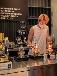 Pop Up Cafe EmQuartier