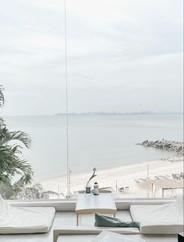 S'more beach cafe พัทยา