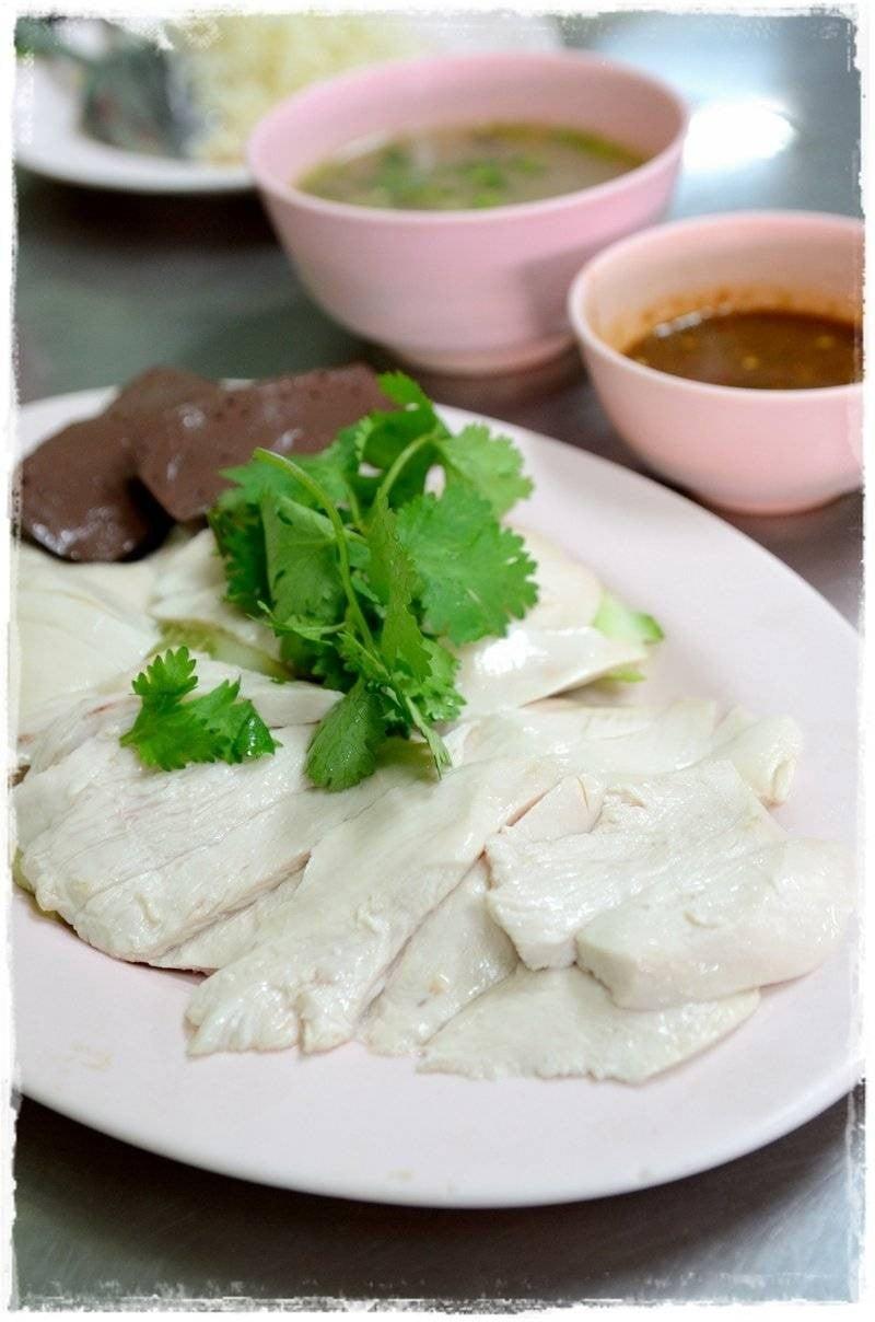 ร้าน เจ๊หงษ์ข้าวมันไก่ เวทีมวยอ้อมน้อย - รีวิวร้านอาหาร - Wongnai