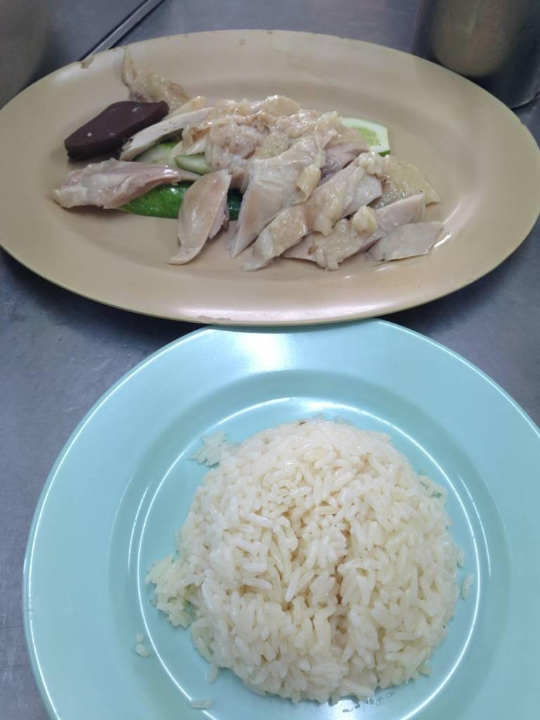 อร่อยจนลืมไม่ลง @ โกอ่างข้าวมันไก่ประตูน้ำ ประตูน้ำ on wongnai.com