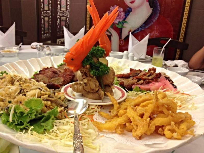 อร่อยค่ะ บริการดี @ ภัตตาคารเชียงการีล่า คิทเช่น สาขาช่องนนทรี on wongnai.com