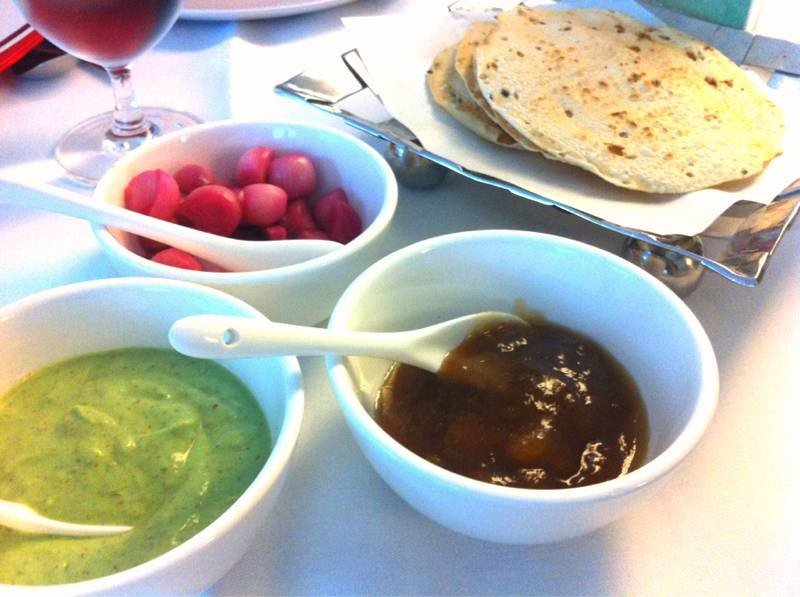 ครั้กแรกกับอาหารแดนภาระตะ... @ Indian Hut ถนนสุรวงศ์ติดกับ on wongnai.com