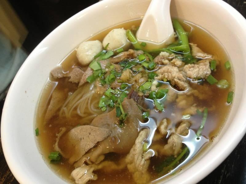 ร้านนี้มีดีที่น้ำซุปจริงๆ @ ต้าหลง พระราม 3 on wongnai.com