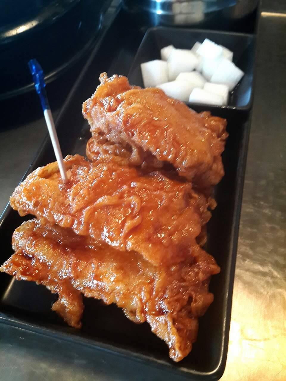 ไก่ทอดไร้กระดูก (เนื้อสะโพก)