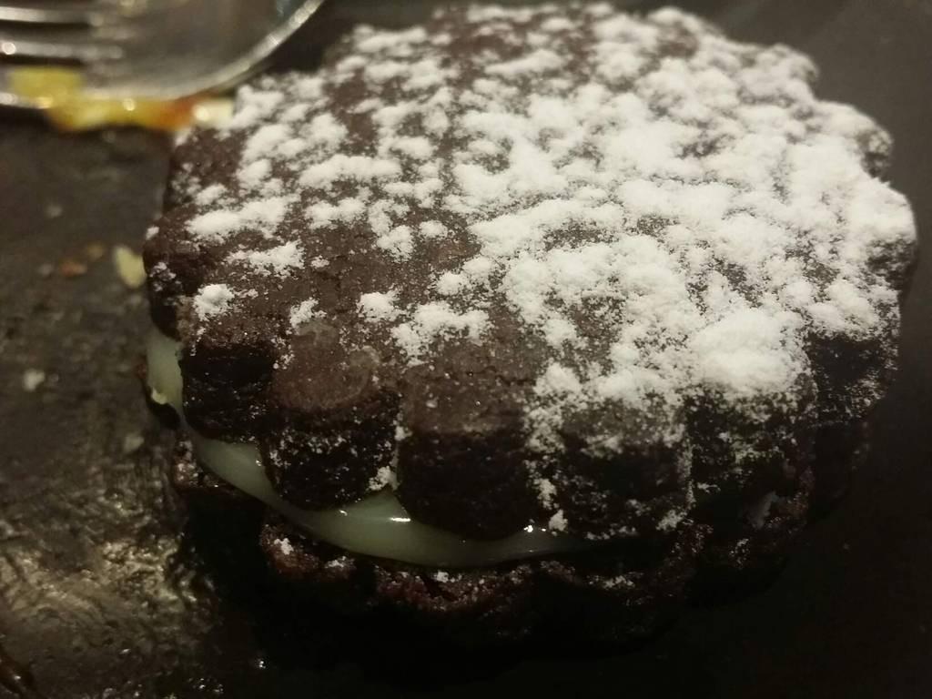 Valrhona chocolate cookie