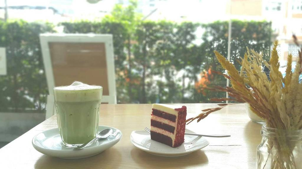 Size S Coffee & Bakery