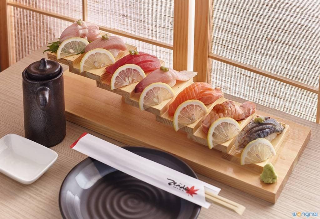 Sushi หน้าต่างๆ คุณภาพเน้นๆ เต็มๆคำ คำเดียวไม่พอ!