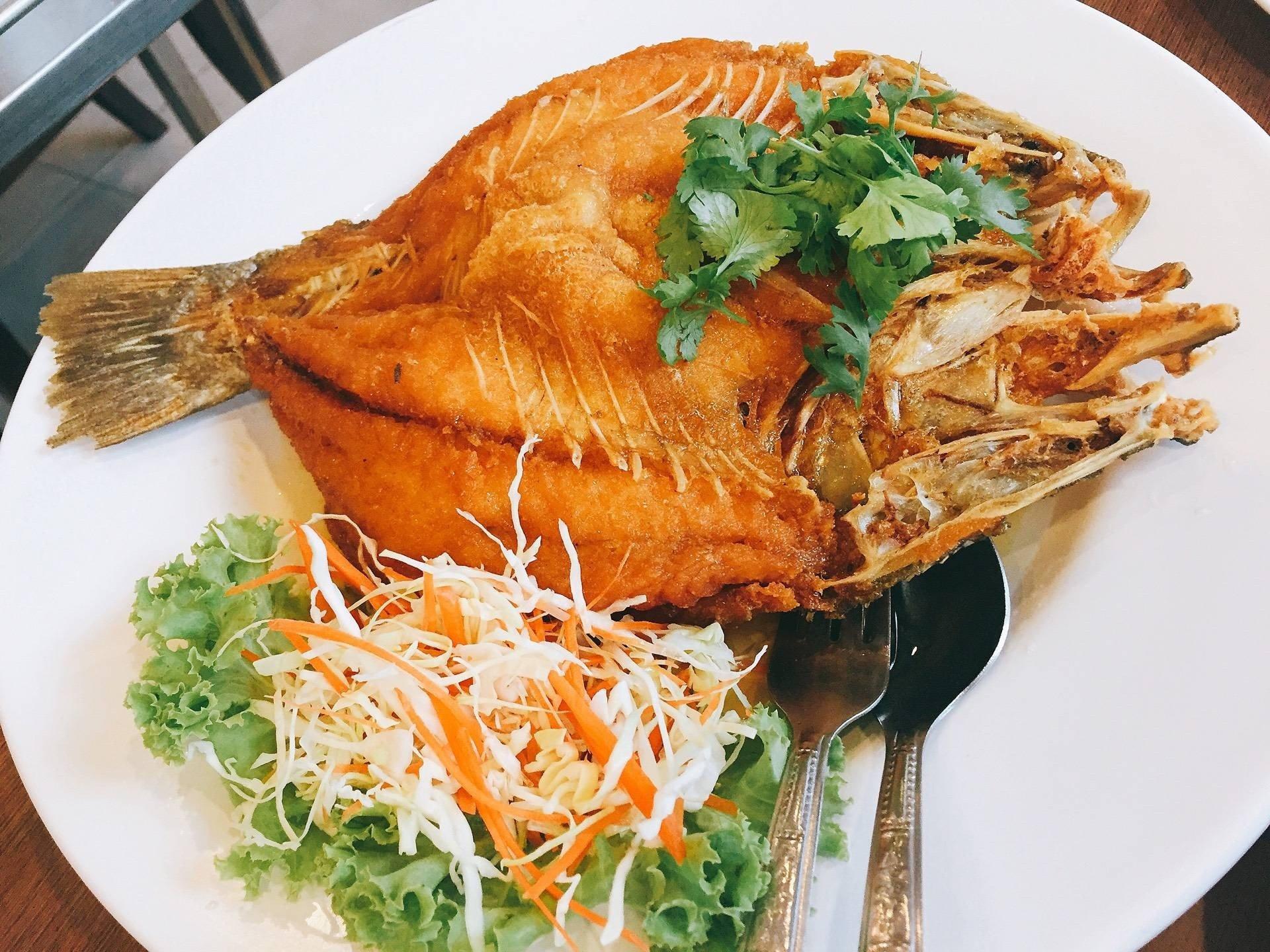 Image result for ปลากระพงทอดน้ำปลา somboon