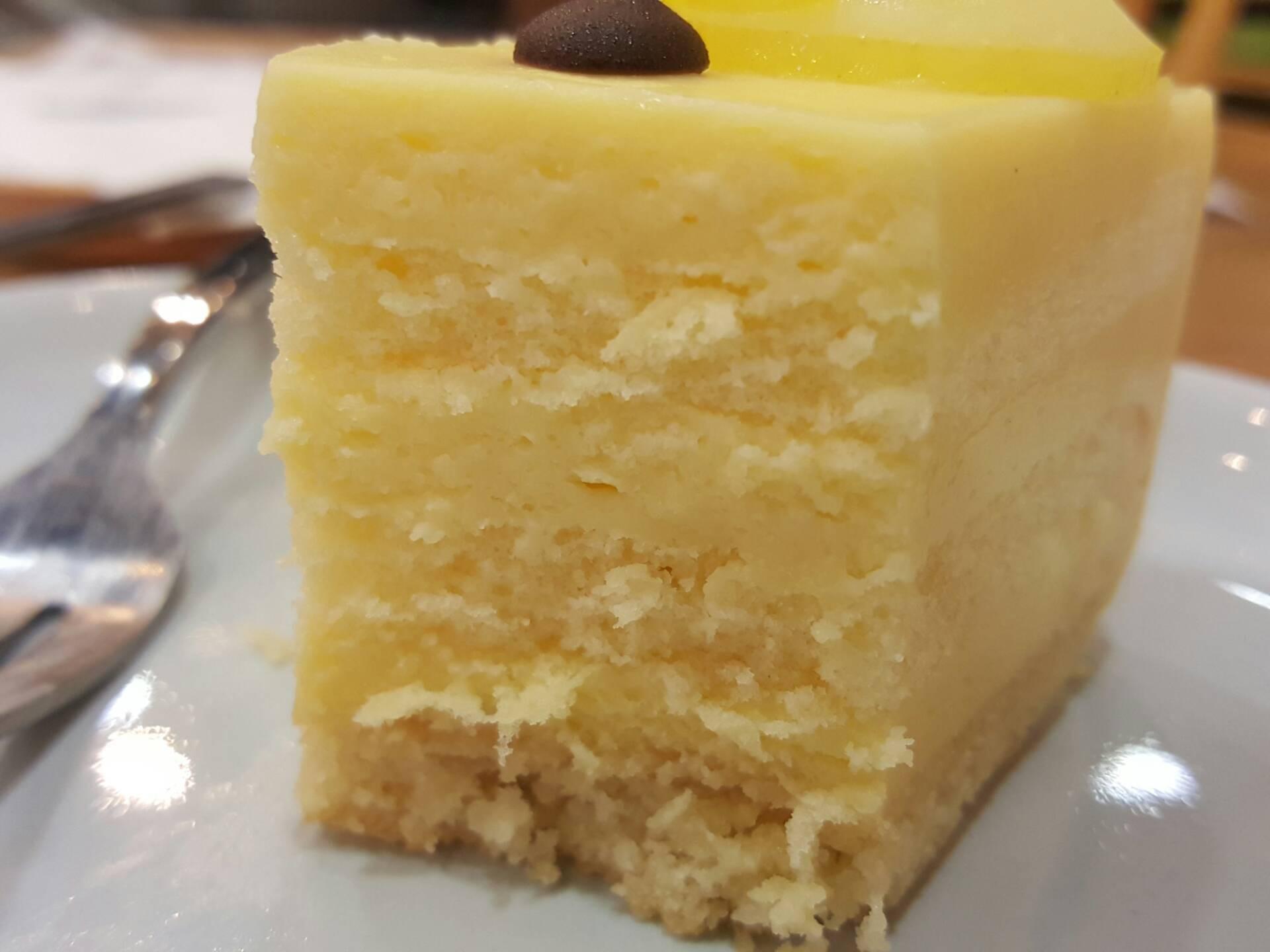 Lemon cake อ้ามมมม...