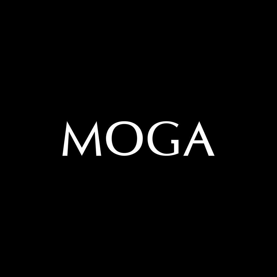 ป้ายราคาหรือสมุดเมนู • MOGA HAIR SALON  ที่ ร้าน MOGA Hair Salon (Thailand) เซ็นทรัลเวิลด์
