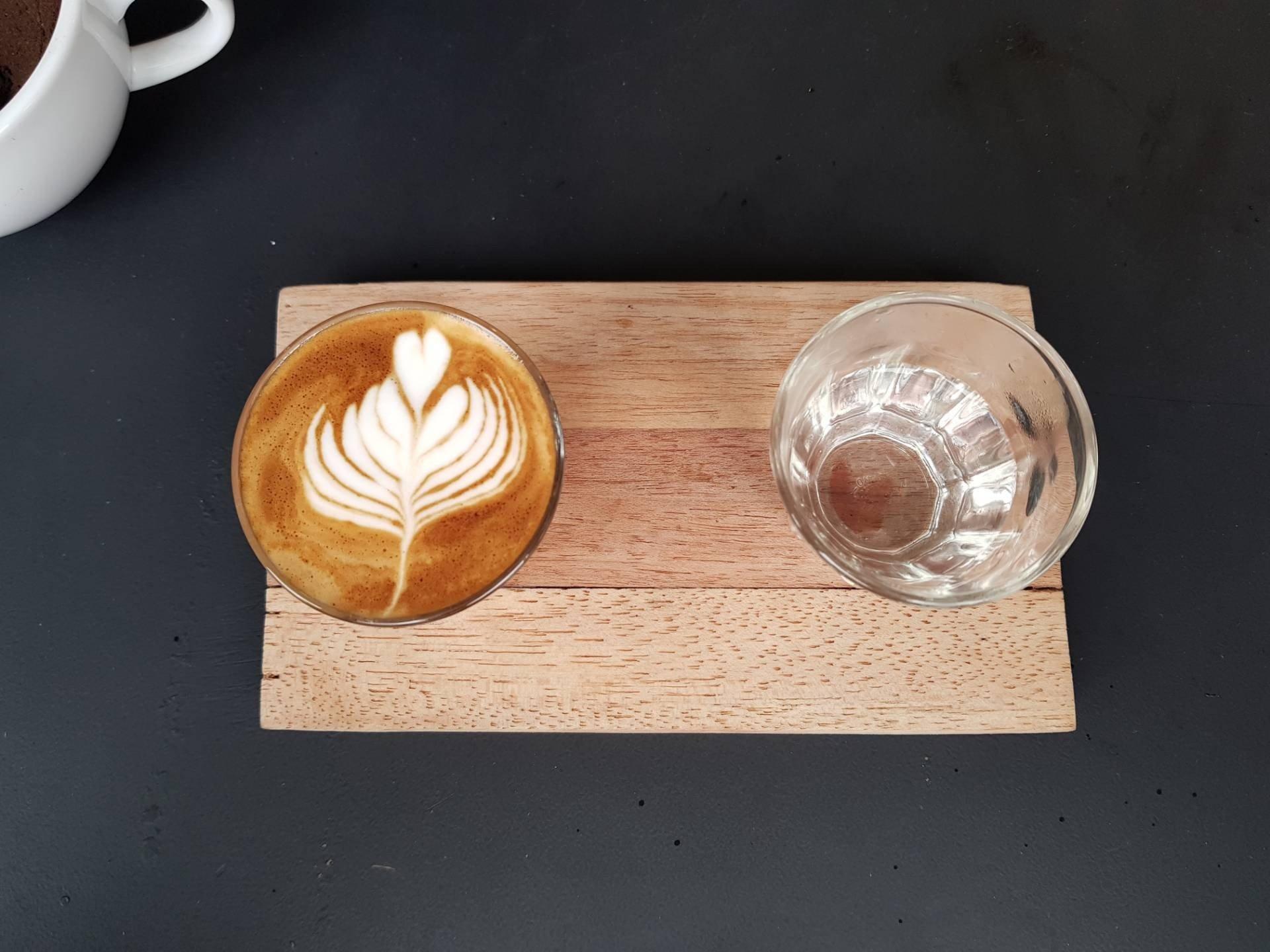 Doppio Cult Cafe & Specialty Coffee Roasters ท่าแพ