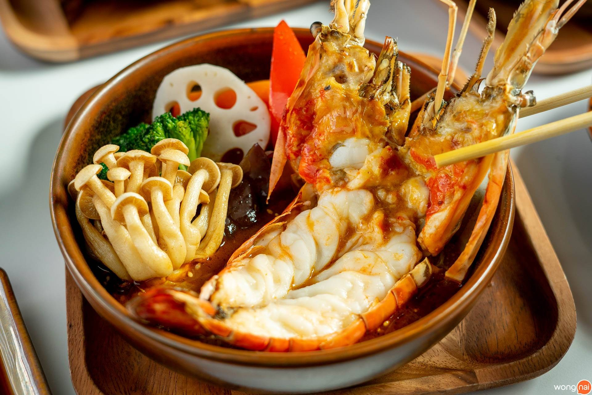 """เมนู """"ซุปแกงกะหรี่กุ้งแม่น้ำ"""" ของร้าน """"Garaku"""""""