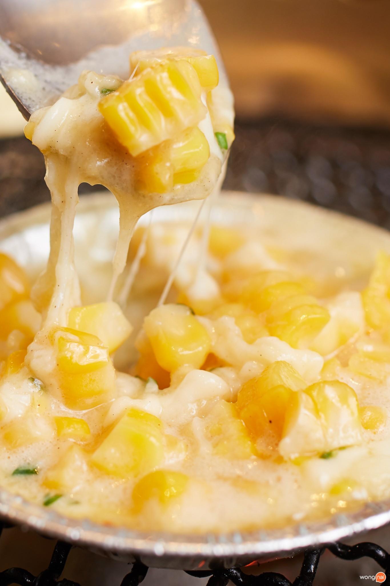 """เมนู """" Corn Cheese """" ของร้าน """"AKA"""""""