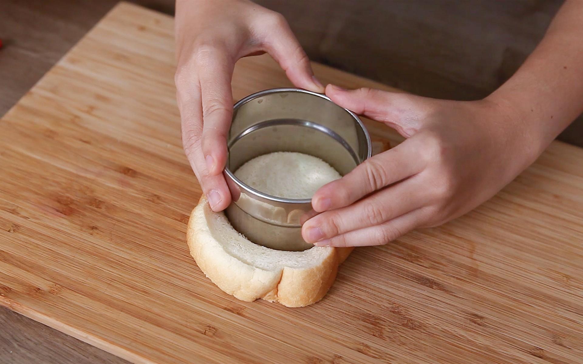 วิธีทำเมนู ขนมปังพิซซ่าต้มยำกุ้ง
