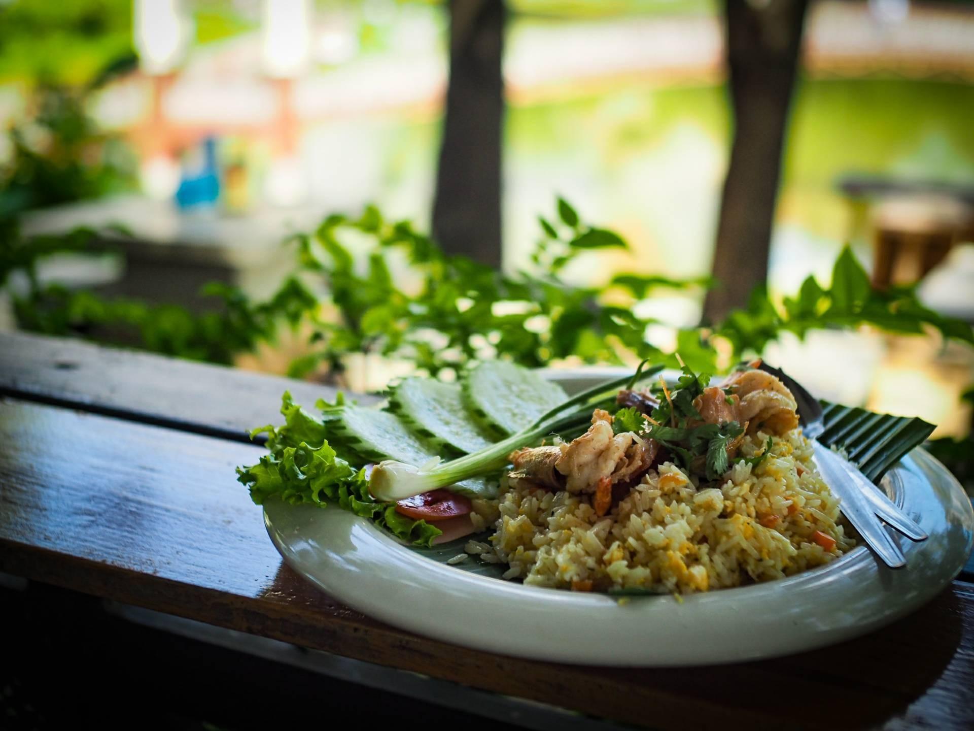 ค้นหาร้านอาหาร โรงแรม ที่พัก สถานที่ท่องเที่ยว ร้านเสริมสวยและสปา ใน ราชบุรี