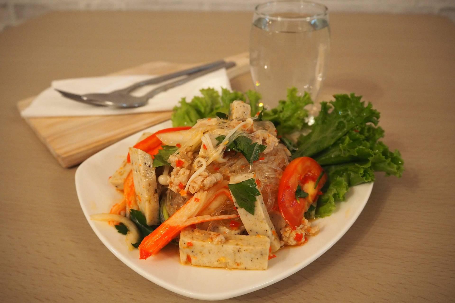 ค้นหาร้านอาหาร โรงแรม ที่พัก สถานที่ท่องเที่ยว ร้านเสริมสวยและสปา ใน บุรีรัมย์