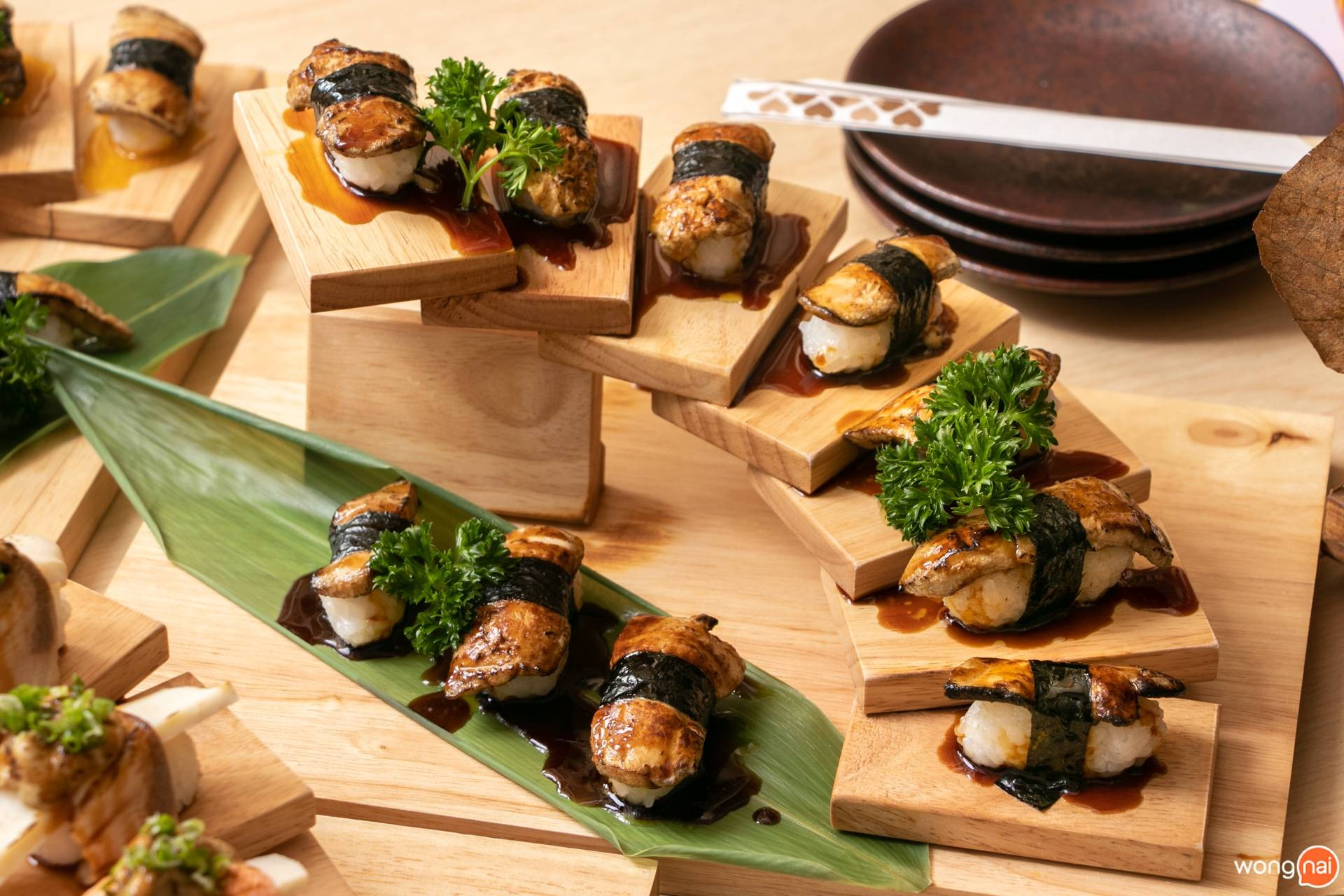 """ซูชิฟัวกราส์ ของร้าน """"Jaiko Sushi Buffet"""""""