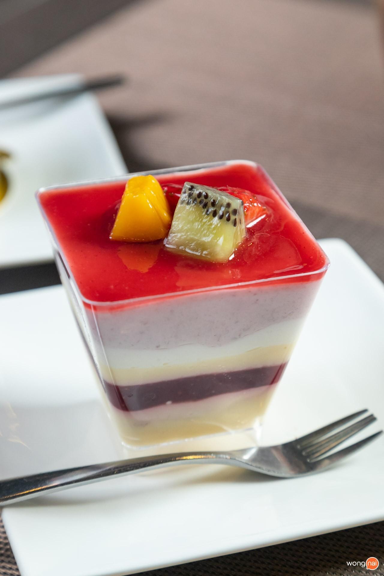 Mix fruit Shortcake