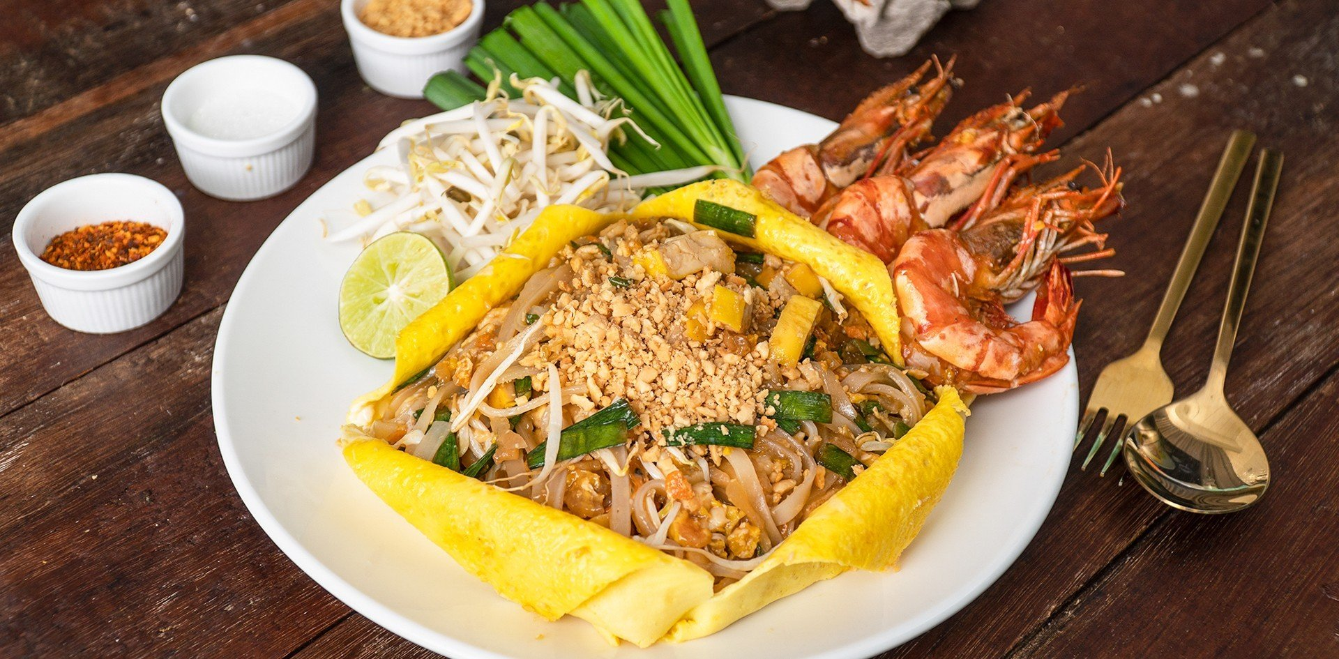 Pad Thai with egg wrap