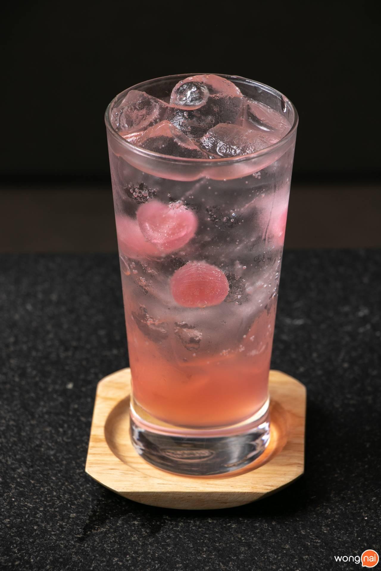 """เมนู """"Pink Lemonade"""" ของร้าน """"Sukishi"""""""