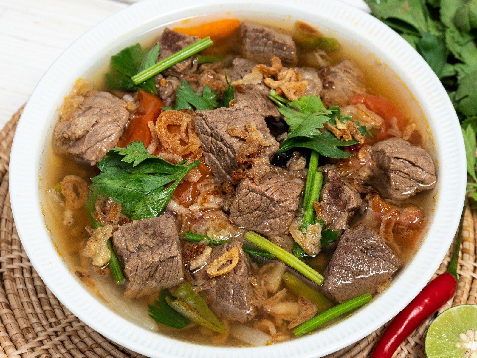 """25 สูตร """"เมนูเนื้อวัว"""" เนื้อนุ่มละลายในปาก ทำได้มากกว่าที่คุณคิด! - Wongnai Cooking"""