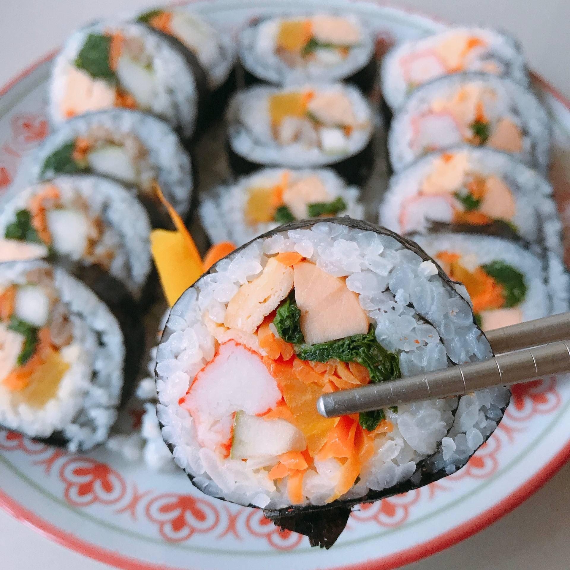 สูตร คิมบับ kimbap 김밥 พร้อมวิธีทำโดย Kitty Berry - Wongnai Cooking