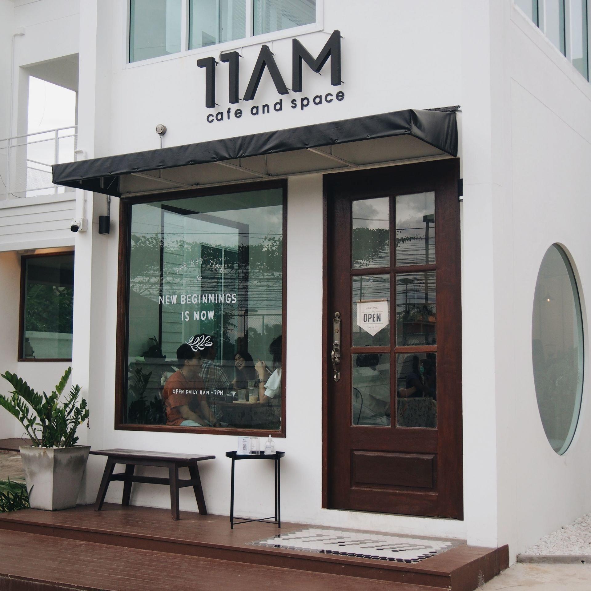 รีวิว 11AM cafe and space - คาเฟ่สไตล์มินิมอลของ influencer ผู้น่ารัก✨ -  Wongnai