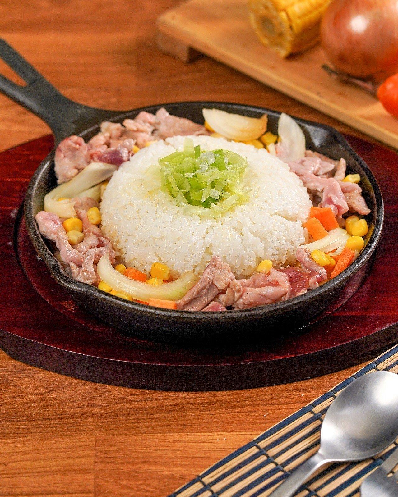 ข้าวผัดสุกี้ญี่ปุ่นกระทะร้อน