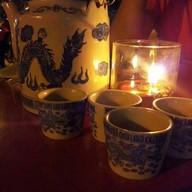 น้ำชาโต๊ะไม้