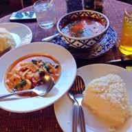 ร้านอาหารเรือนไม้ไทย