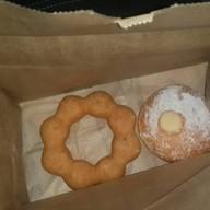 Mister Donut โลตัส อุบลราชานี