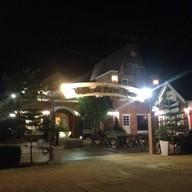 Cafe' De Park View