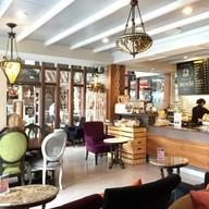 Bunfe The Coffee Bar and Bistro