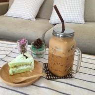 บรรยากาศ Maple-T&Cake By Ammy