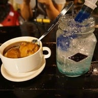Six One Two Cafe'