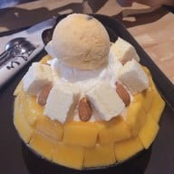 Mango Cheese Bingsu