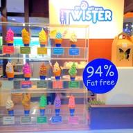 บรรยากาศ Twister DIY soft serve สยามสแควร์ วัน