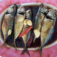 ปลาทูตาเตี๊ยะ
