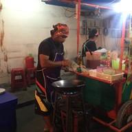 บรรยากาศ PAD THAI PHUN TAE