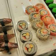 Tsunami Bar Suratthani Sushi&sashimi