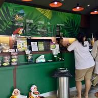 บรรยากาศ CC3611 - Café Amazon สถานีบริการ สาขาวชิรบารมี 2