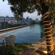 บรรยากาศ Bar9 Beer Garden Novotel Bangkok Platinum Pratunam (9th Floor)