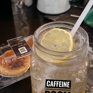เมนูของร้าน Caffeine Room